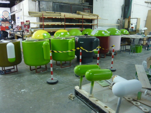 PHOTOS: Android invasion prepared for Mobile World ...